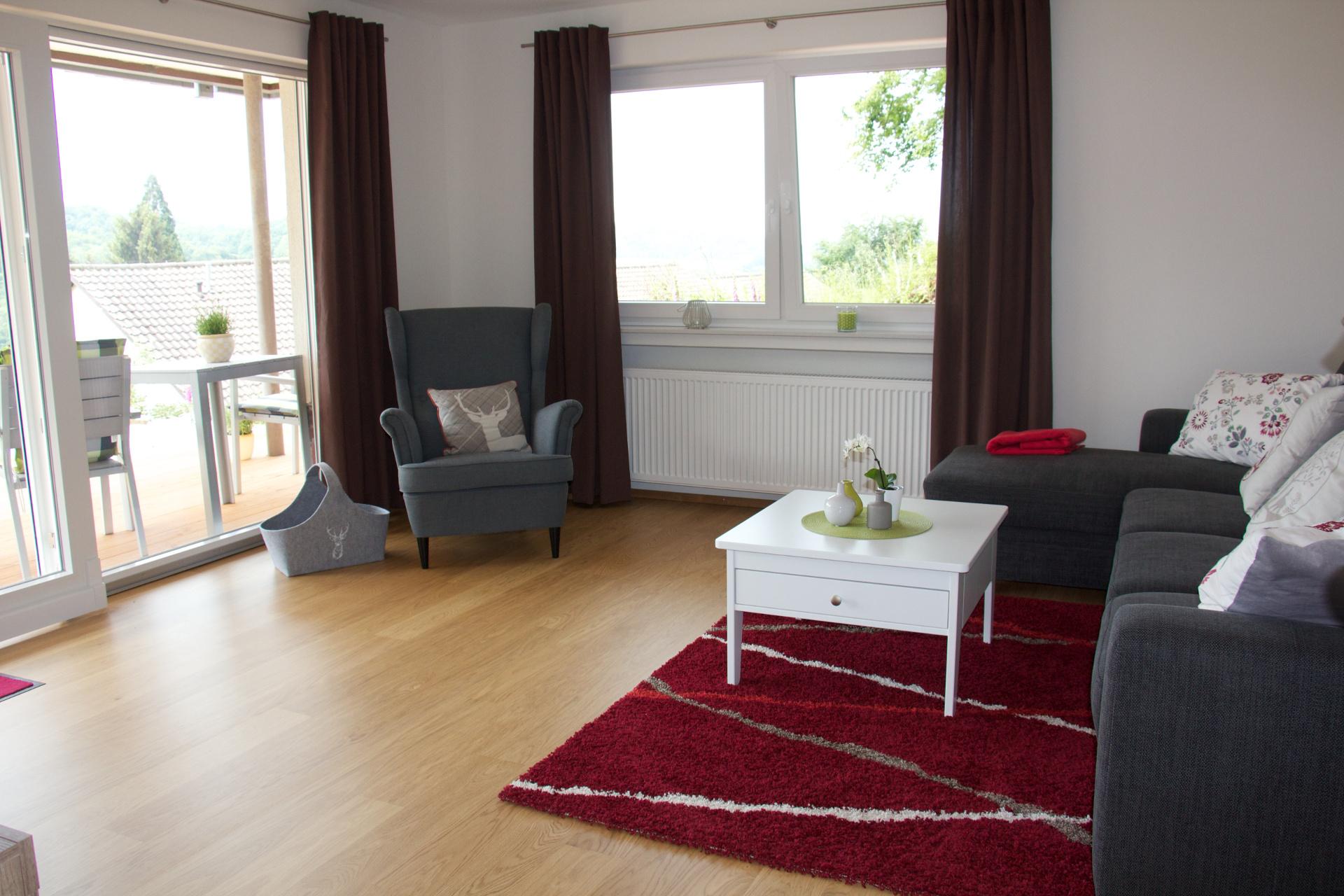 ferienwohnung kist sasbachwalden bilder der und informationen zur ferienwohnung. Black Bedroom Furniture Sets. Home Design Ideas